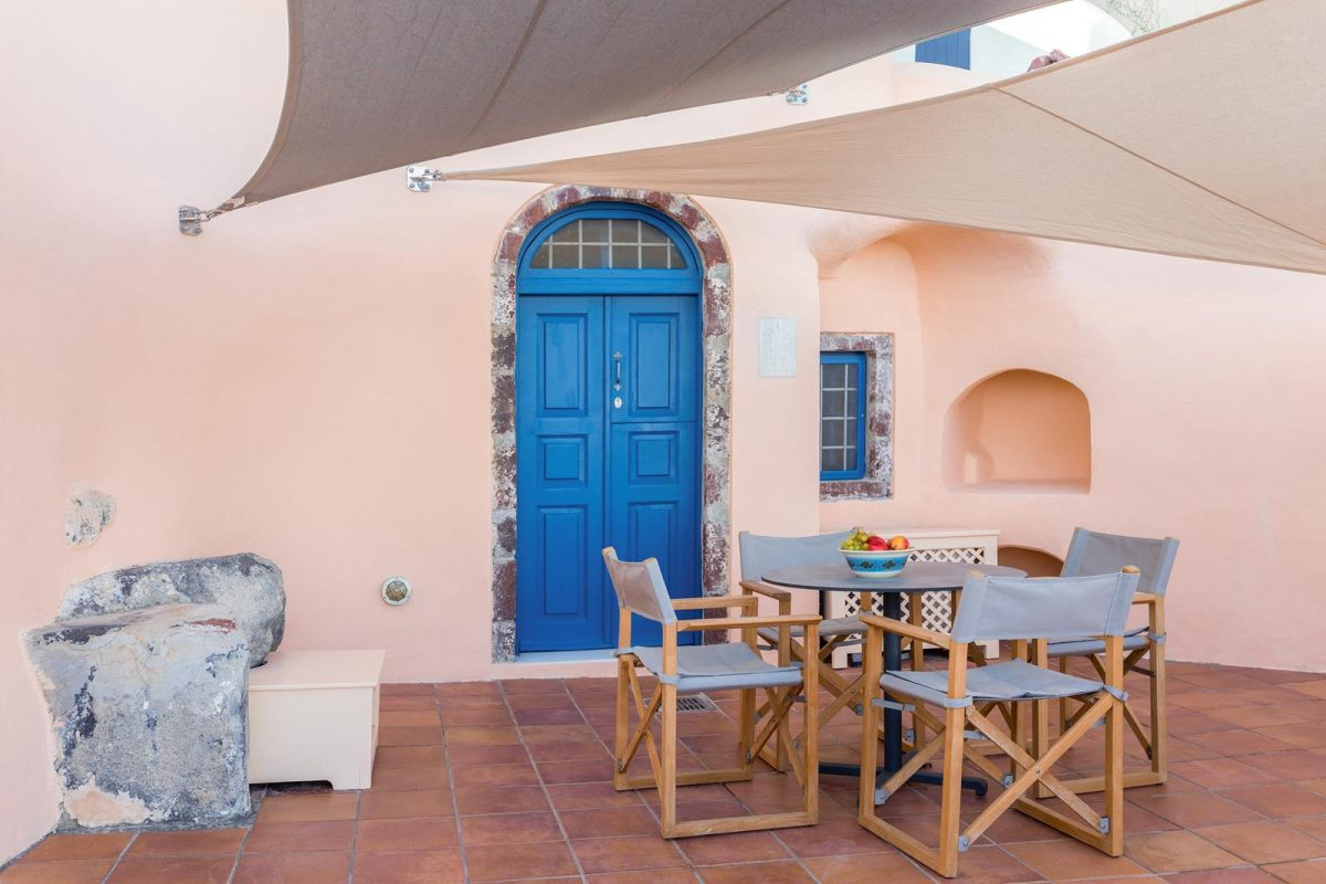 luxury accommodation in Santorini | Aeifos Traditonal Houses